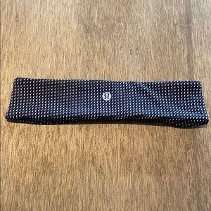 Lululemon Black w/ White & Gray Pattern Headband